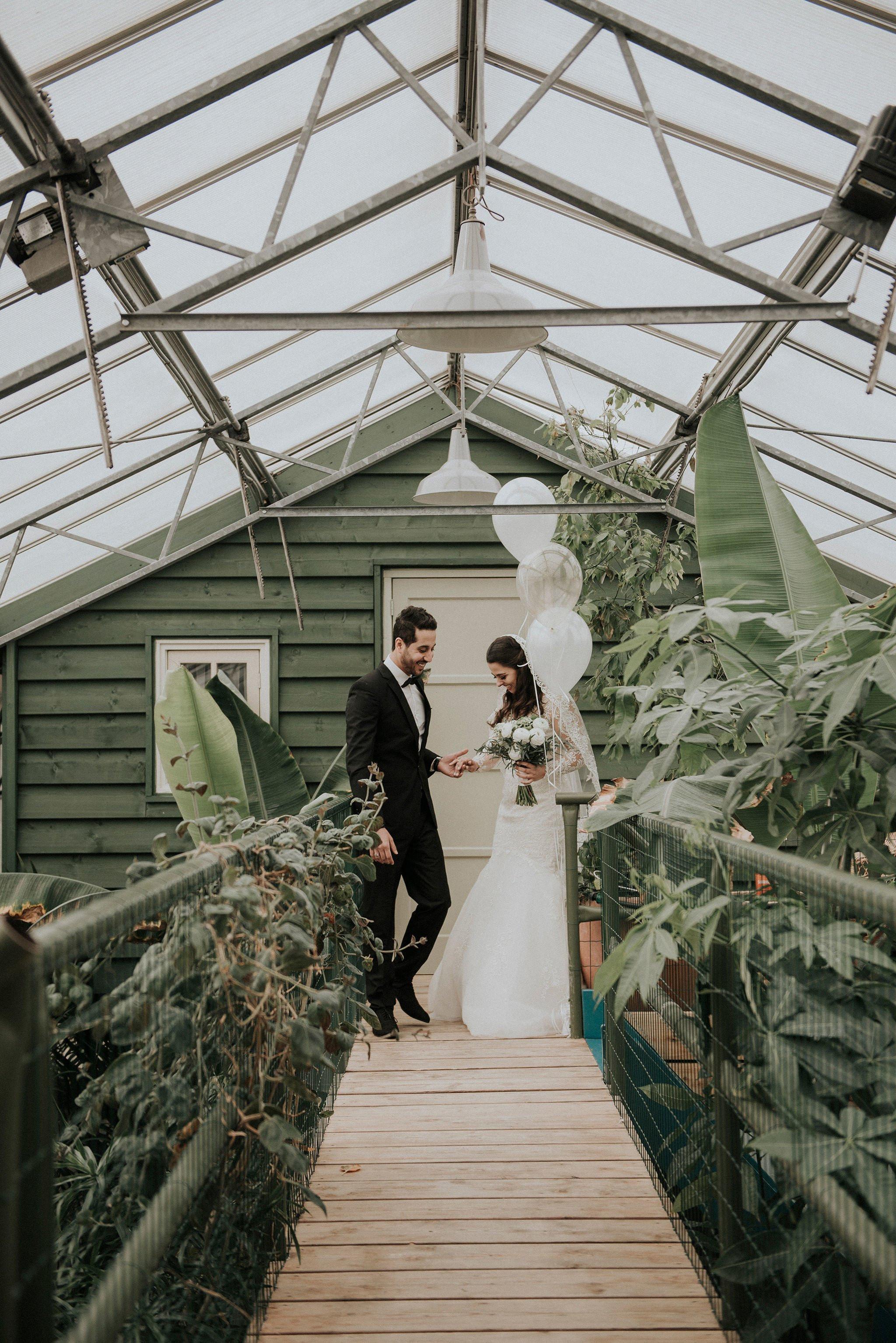 Real Wedding Trouwen In Een Kas In Noordwijk