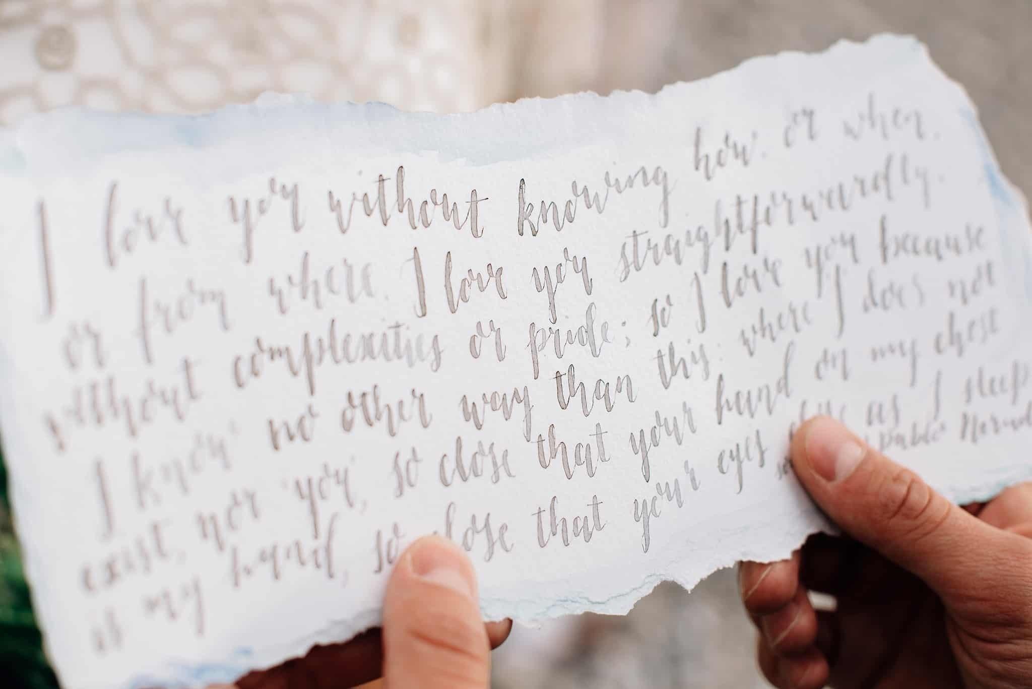 De Hand Van De Bruid Vragen Aan Haar Vader