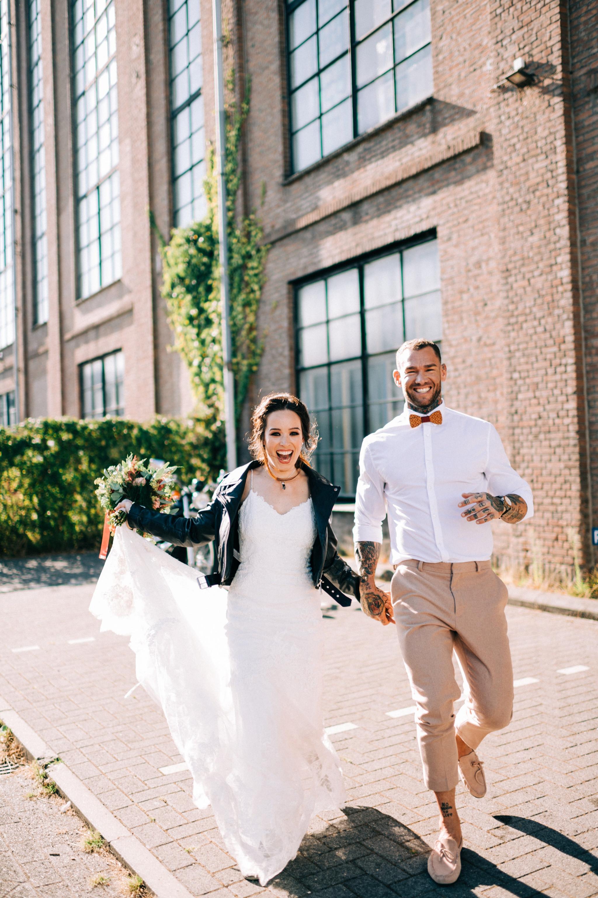 Wat Draag Je Over Je Bruidsjurk Theperfectwedding Nl