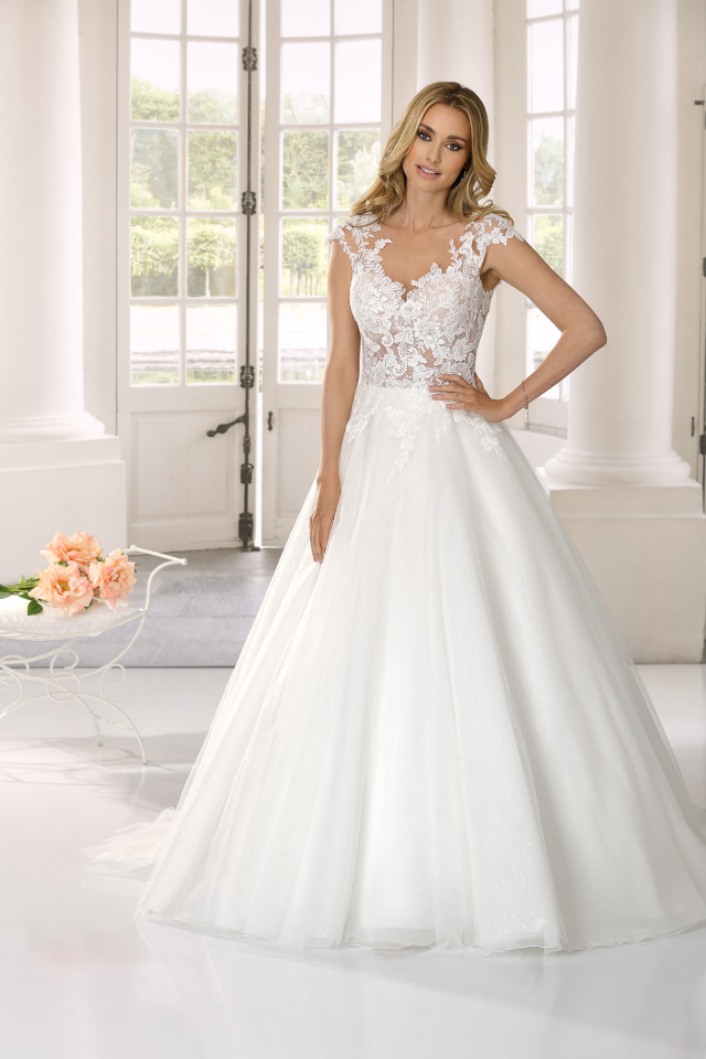 Und hochzeitskleider mit glitzer tüll Exklusive Hochzeitskleider