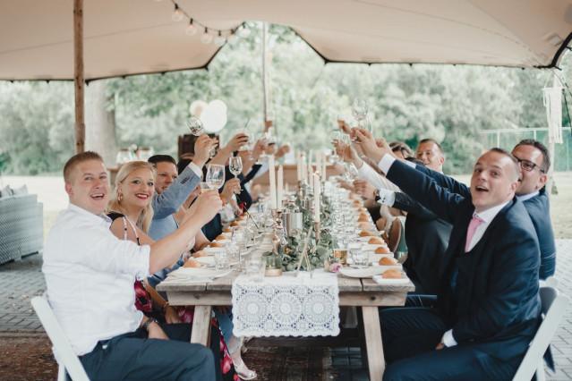 Getranke Hochzeit Was Und Wie Viel Theperfectwedding De