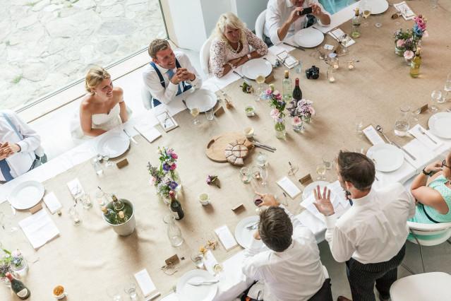 Trouwen in redu in de belgische ardennen for Tafeldecoratie bruiloft