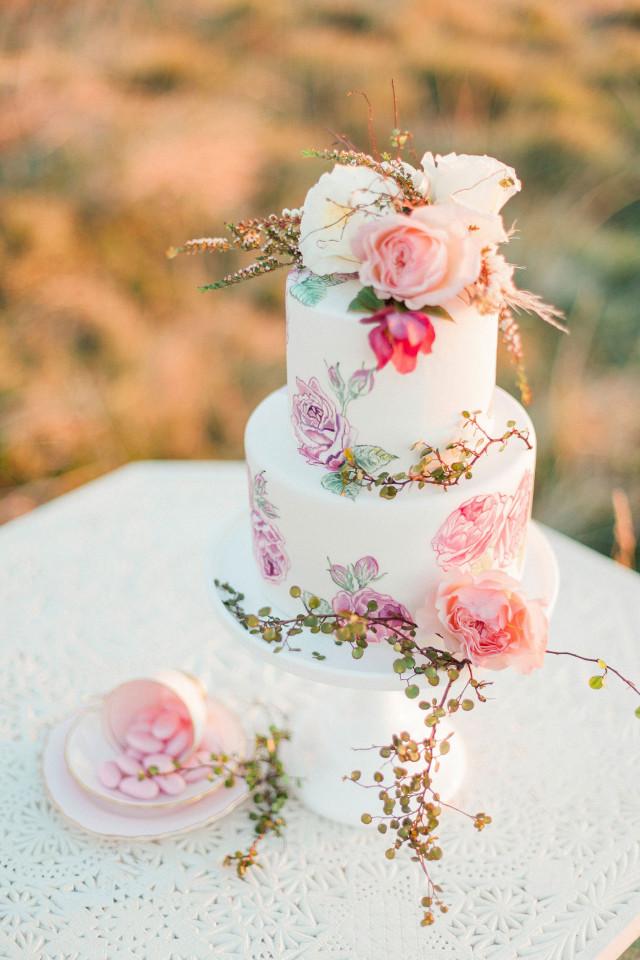 Visions Floral Art And Cake Design : Wat kost een bruidstaart? ThePerfectWedding.nl