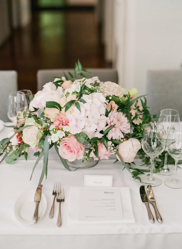 Bruiloftdecoratie Met Bloemen Dit Moet Je Weten Theperfectwedding Nl
