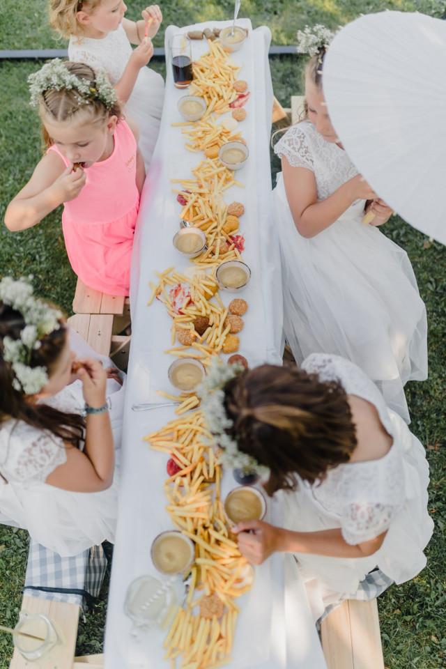 Kindertisch auf der Hochzeit