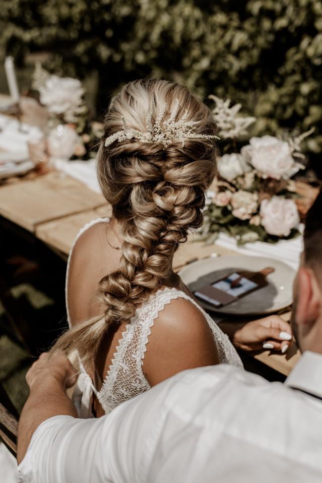 Dünnes haar für brautfrisur Haarschnitt Für