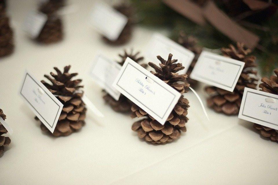 Naamkaartjes voor een bruiloft met kerst   ThePerfectWedding nl